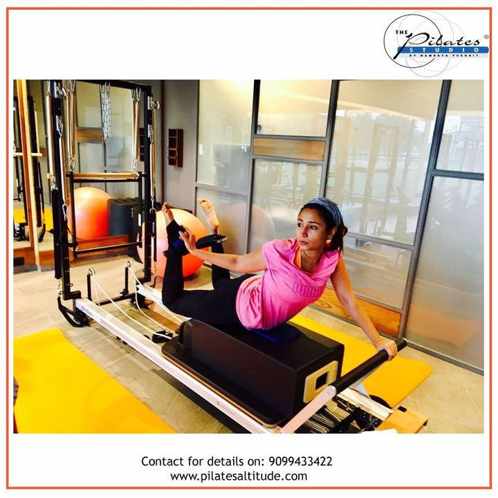 Your body is a reflection of your Lifestyle!   Have a Lovely Day :)   Contact us for queries on: 9099433422/07940040991 www.pilatesaltitude.com . . .  #Pilates #PilatesCommunity #Fitness #FitnessEnthusiasts #HealthTips #ahmedabad