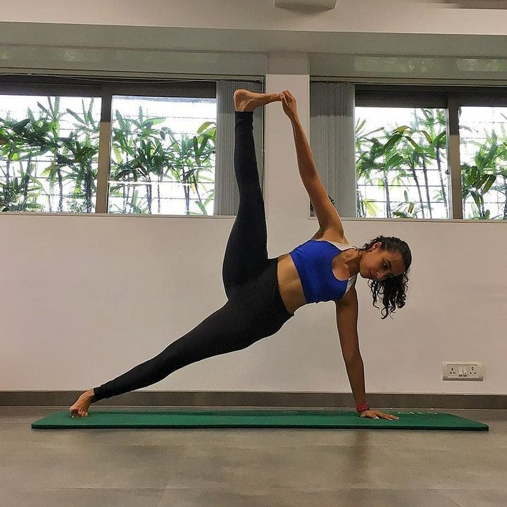 """In 10 sessions you'll feel the difference, in 20 sessions you'll see a difference, and in 30 sessions you'll have a whole new body."" - Joseph Pilates  . . www.pilatesaltitude.com . .  #Fitness #India #FitnessEnthusiast #Fitness #workout #fit #celebrity #InstaFit #FitnessStudio #Fitspo  #Workout #WorkoutMotivation #fitness  #pilatesgirl #pilatesbody #thepilatesstudio  #celebritytrainer #gettingbettereachday #fitnessforever #workhard #workhardplayhard  #igers #humfittohindiafit"
