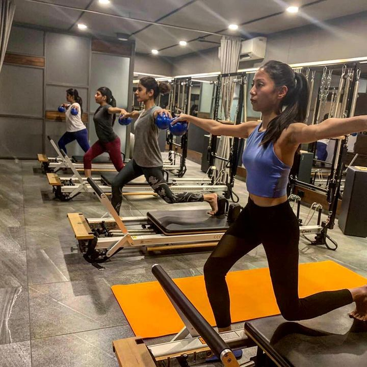 Motivation is what gets you started. Habit is what keeps you going. . . Contact us for queries on: 9099433422/07940040991 www.pilatesaltitude.com . . . . .  #Pilates #PilatesCommunity #Fitness #Stretch #WorkOut #ThePilatesStudio  #FitnessMotivation #InstaFit #FitnessStudio #Fitspo  #ThePilatesStudio #Strength #pilates #Workout #WorkoutMotivation #fitness  #india #igers #insta #fitnessjourney #beingfit #healthylifestyle #fitnessfreak #celebrity #bollywood #celebritytrainer #healthy