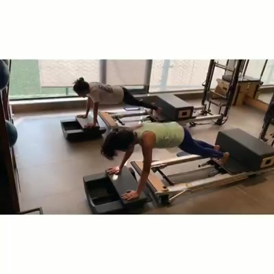 Our super motivated girls are beating the Monday blues by doing a Pike and Plank exercise on the reformer at @thepilatesstudioahmedabad - SBR . . Contact us for queries on: 9099433422/07940040991 www.pilatesaltitude.com . . . .  #Pilates #PilatesCommunity #Fitness #Stretch #WorkOut #ThePilatesStudio  #FitnessMotivation #InstaFit #FitnessStudio #Fitspo  #ThePilatesStudio #Strength #pilates #Workout #WorkoutMotivation #fitness  #mumbai #india #igers #insta #fitnessjourney #beingfit #healthylifestyle #fitnessfreak #celebrity #bollywood #celebritytrainer #healthy